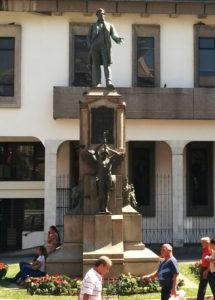 Estatua de Juan Rafael Mora Porras en San José.